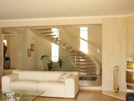 Konsol Tipi Limon Kiriş Sistemli Merdivenler